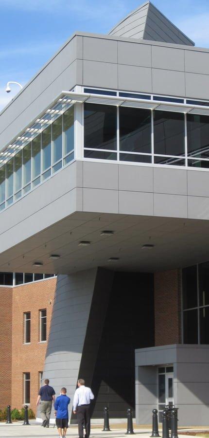 UAH SSB exterior - 6 - (430x900)