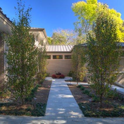 Murdock Residence Rear (424x424)